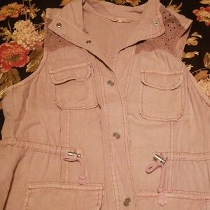 Maurices Utility vest